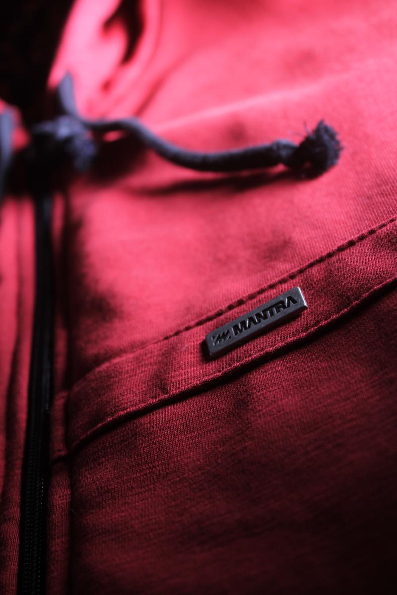 MANTRA LTD.015 Hoodie Metal Detail